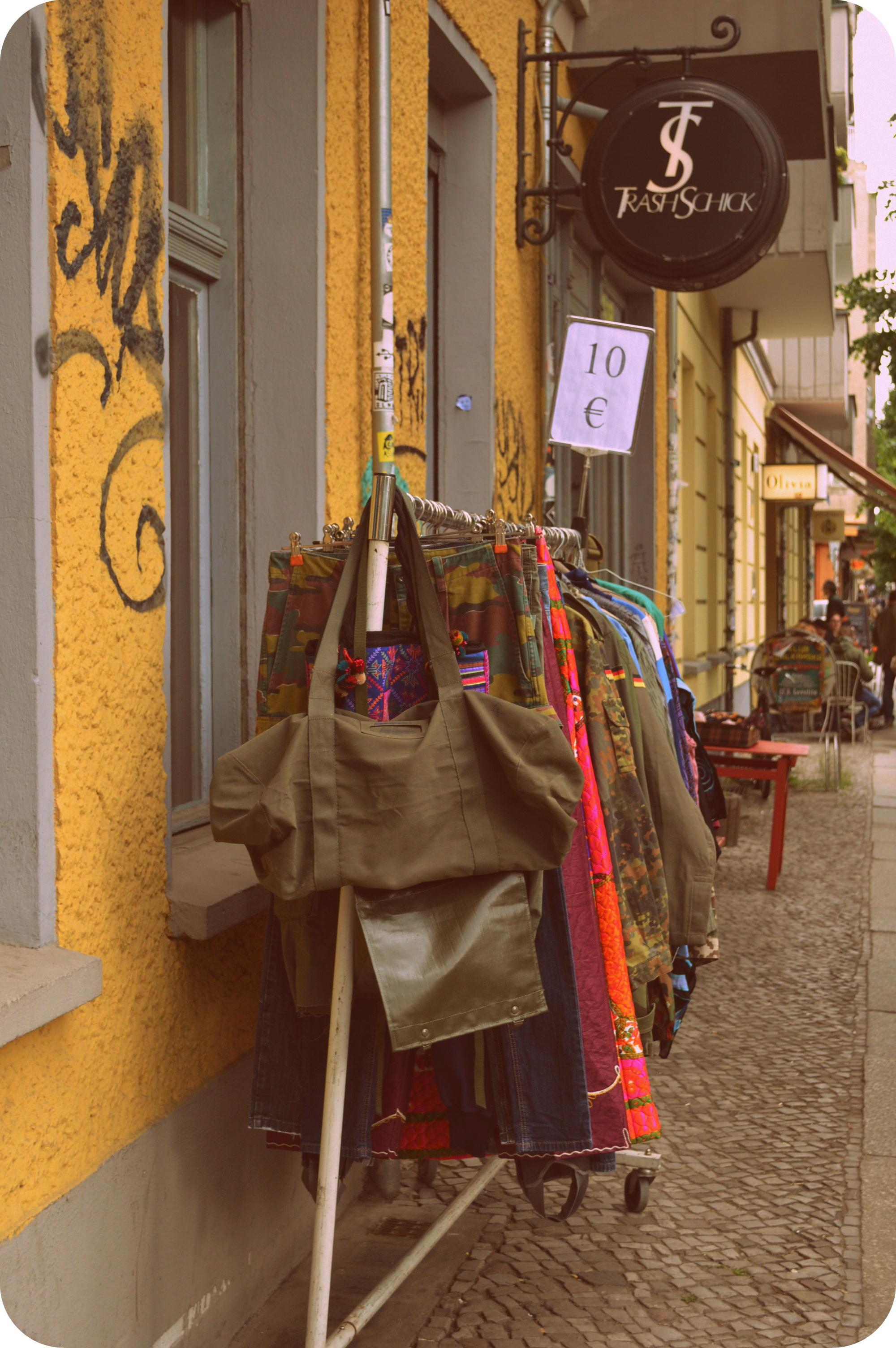 Kleider welt berlin